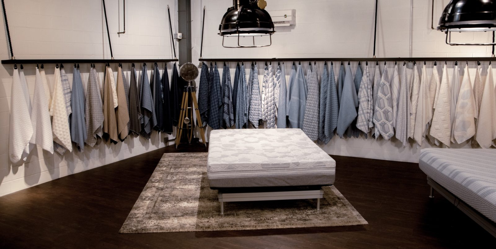 Fabric showroom with a mattress cover in the middle